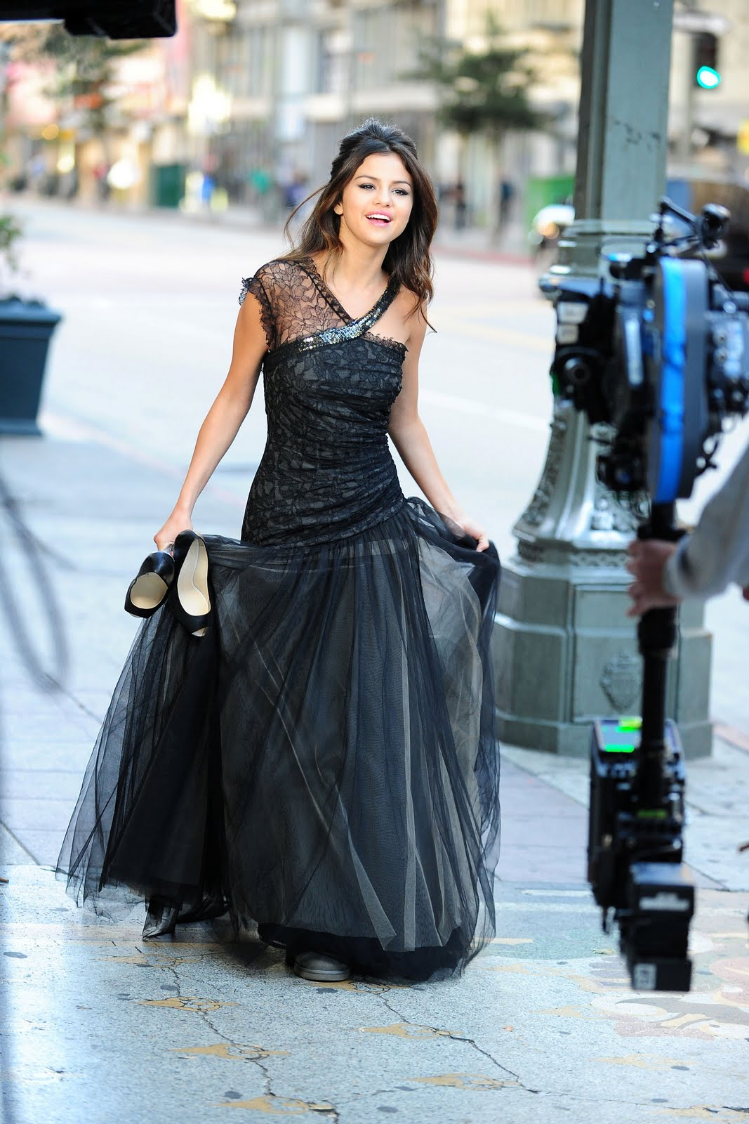 http://4.bp.blogspot.com/-kjw0CklhckI/Tbtqw72HCqI/AAAAAAAAABM/nud0QfQTudk/s1600/Selena-Gomez-who-says-2.jpg