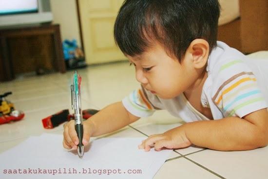 Bermain bersama ikut minat anak