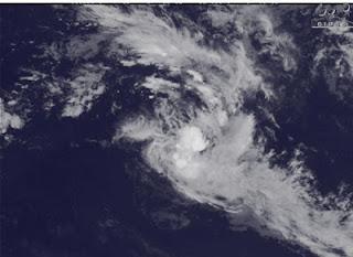 Tropischer Sturm 13S (pot. Zyklon HILWA) voraussichtlich keine Gefahr für Mauritius und La Reunion, Hilwa, Indischer Ozean Indik, Zyklonsaison Südwest-Indik, aktuell, Februar, 2012, Satellitenbild Satellitenbilder, Vorhersage Forecast Prognose, Verlauf, Zugbahn, Mauritius,