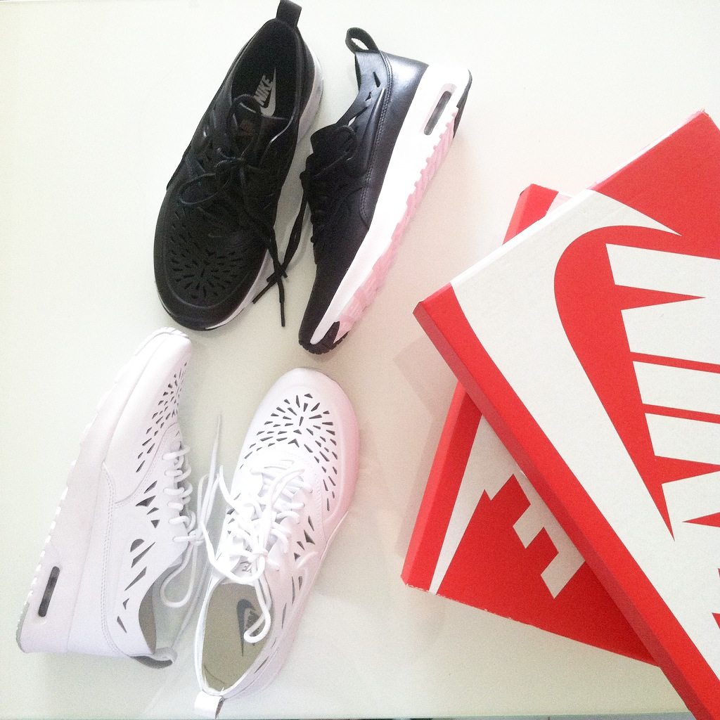wholesale dealer babc2 27d9f I ve been crazy about monochrome lately, most of my items now are in black,  grey and white. This shoes are perfect addition of my collections.