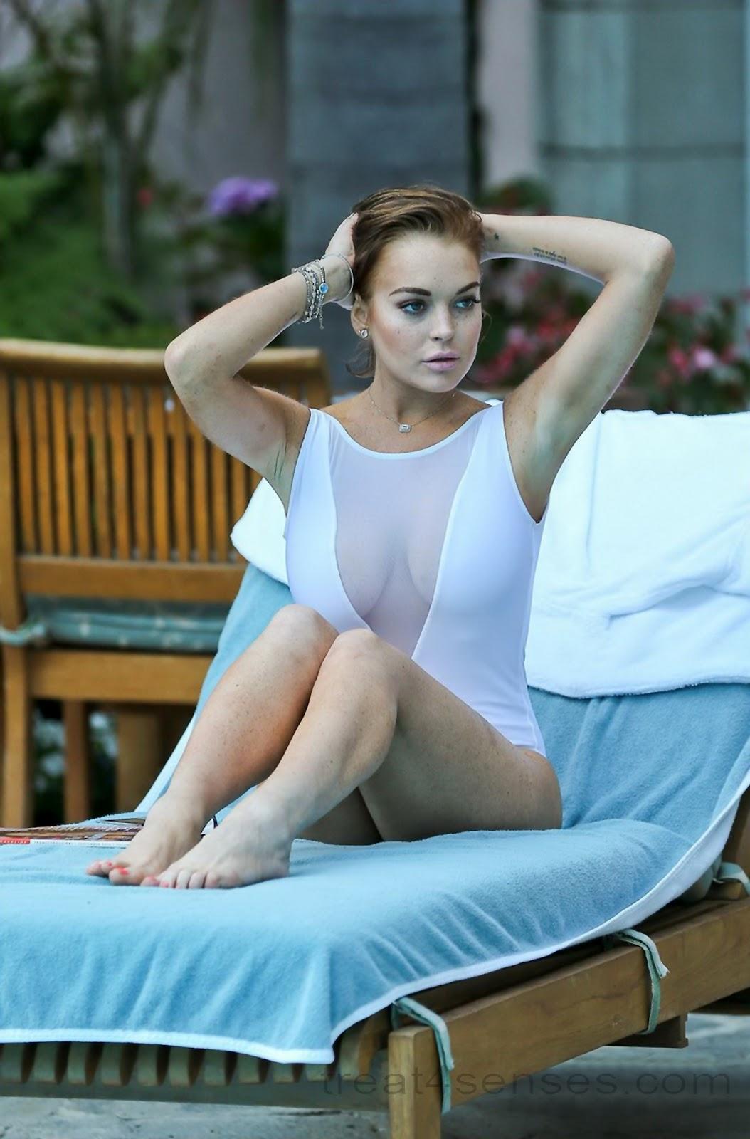 http://4.bp.blogspot.com/-kkNGq4jwxQs/UCKhI00cYXI/AAAAAAAAJLw/OZDMkNiHCbs/s1600/lindsay-lohan-swimsuit_treat4senses_3.jpg