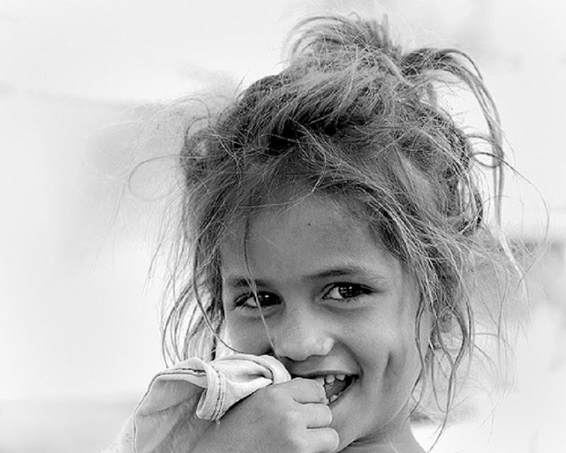 Imagenes que te gustan Sonrisa+p%C3%ADcara,+ni%C3%B1os,+blanco+y+negro