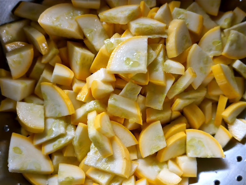 Divvy Up Dining: Yellow Squash, Green Squash, Pickled Squash, Yum