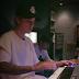 Justin Bieber passa madrugada em estúdio fonográfico trabalhando