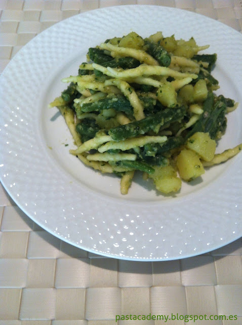 Trofie al pesto con patatas y judias verdes