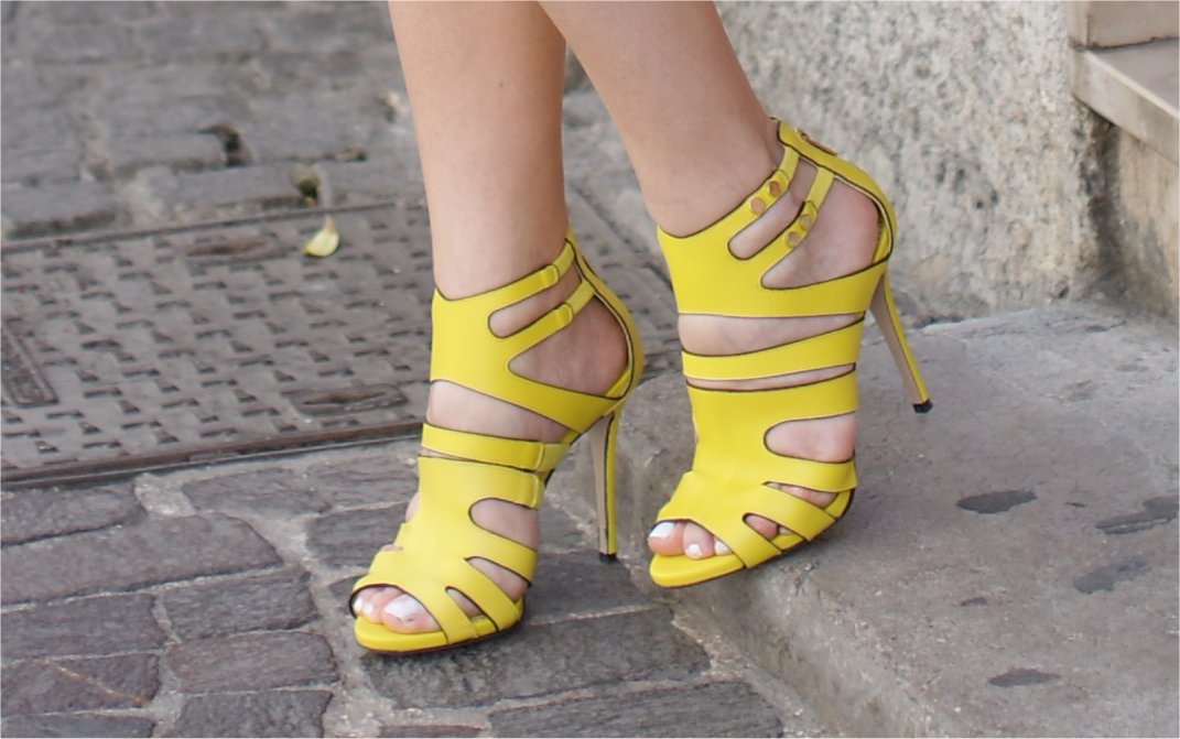Le Silla heels, Le Silla sandali gialli, Le Silla caged sandals, Fashion and Cookies fashion blog, fashion blogger style