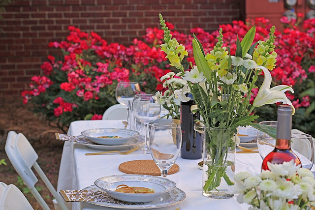 Outdoor Dinner Party Table Setting | Cordier Event Planning