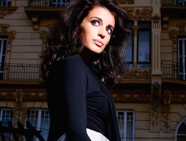 Noelia Lopez Biography and Photos