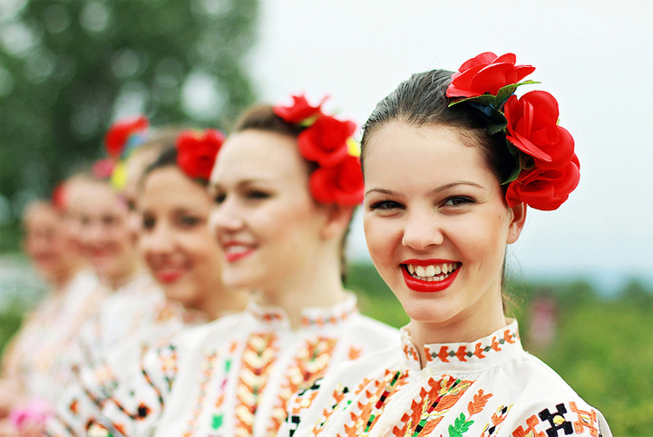 фестиваль розы в болгарии в казанлык