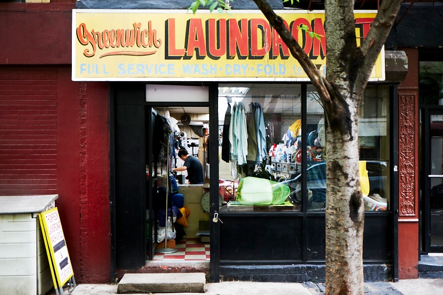Jeremiahs vanishing new york an ode to the urban laundromat q what do you worry we will lose when all the laundromats have vanished from the city solutioingenieria Gallery