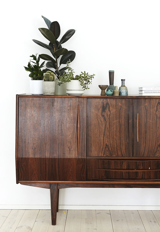 The mid century modern credenza   My Paradissi