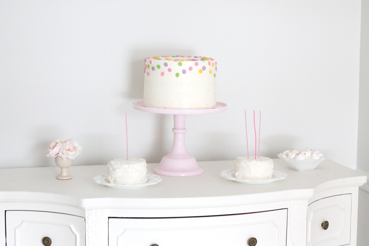 How To Make A Beautiful Layered Cake Of Any Size Julie Blanner