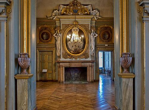 Versailles to victoria ch teau of the day ch teau de maisons for Appartement maison laffite