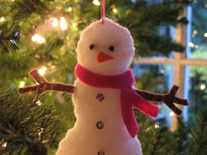 rindy mae  felt ornaments