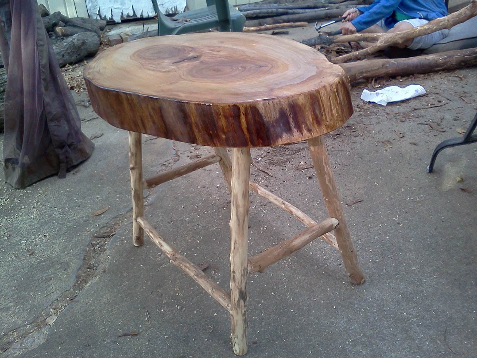 Handmade rustic log furniture projects already completed for Homemade log bench