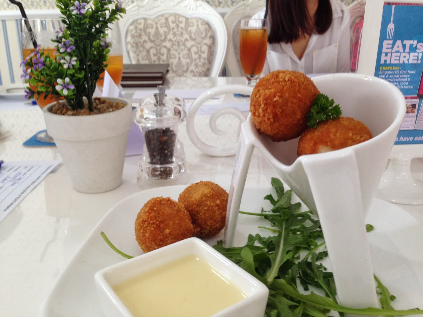 Golden Crab Meatballs with Cream Cheese