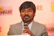 Dhanush at Idea film fare awards-thumbnail-18