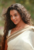 Anu Priya latest Photos Gallery-thumbnail-11