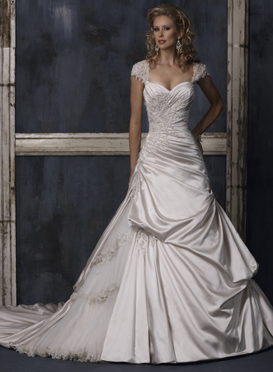 Designer Wedding Gowns Featuring the Best Fit in the Industry