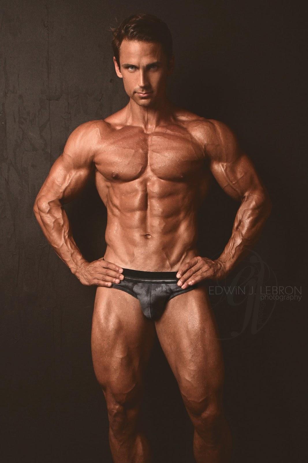 morin Male fitness david model
