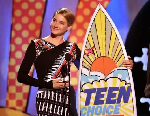 Actress Shailene Woodley in teen choice awards