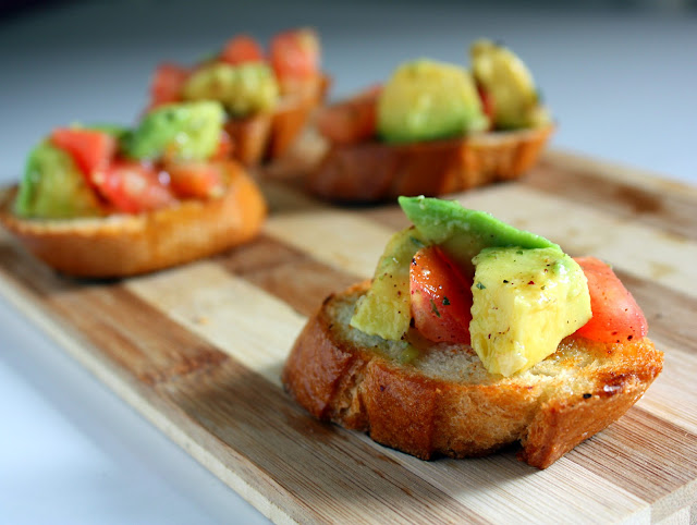 avocado - sumac bruschetta !