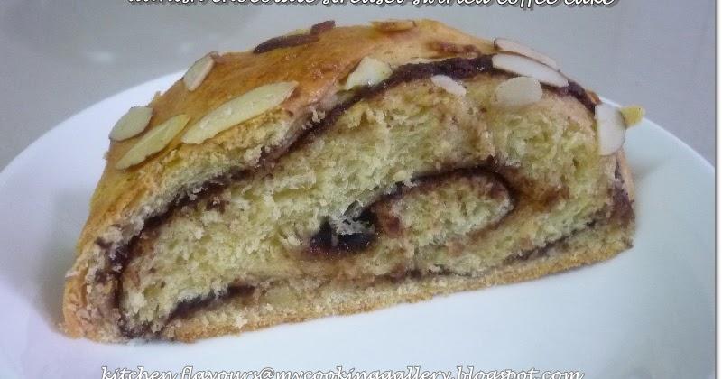 Danish Chocolate Streusel Swirl Coffee Cake