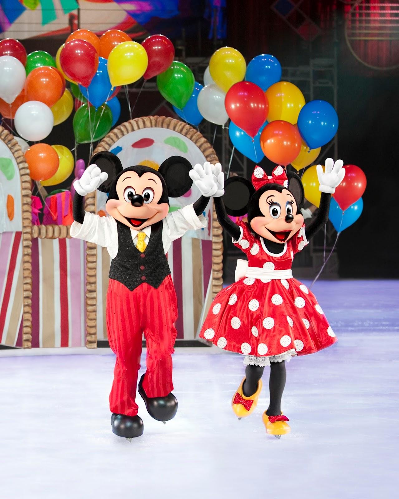 D30_Mickey+and+Minnie+Balloon.JPG