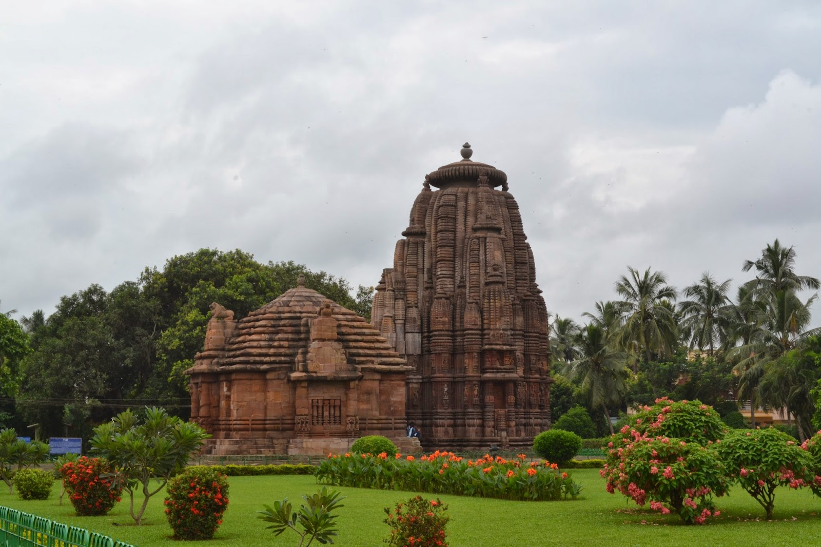 Rajarani temple in bhubansewar