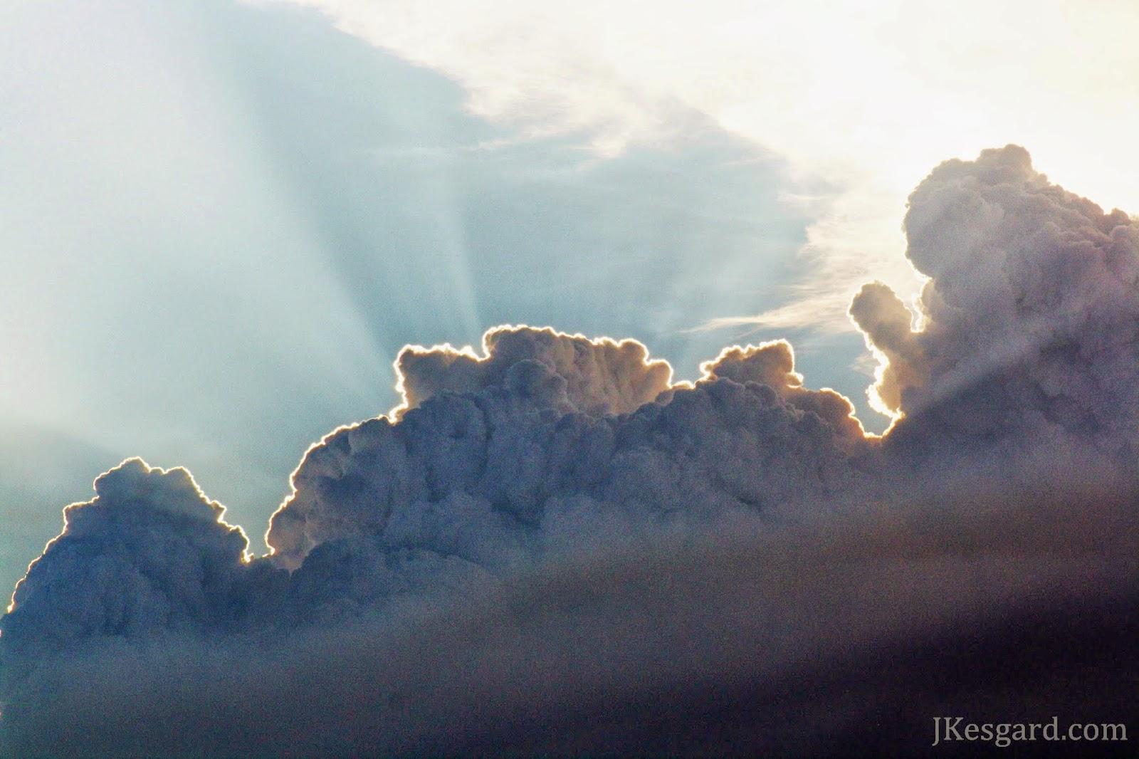 Close shot of Las Vegas smoke column with beams July 2013