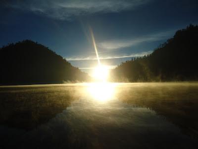 Ranu Kumbolo,Keindahan Di Lereng Gunung Semeru,sunrise di ranu kumbolo, wisata alam, wisata malang,