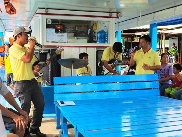 Boat music band