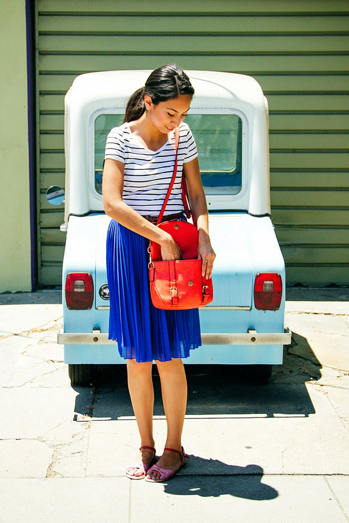 stripe tshirt, blue pleated skirt