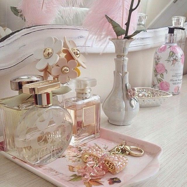 bandeja decorativa banheiro-bandeja decorativa-bandeja de acrilico-bandeja de vidro-bandeja espelhada-bandejas decorativas espelhadas-bandeja para lavabo-bandeja perfume-bandejas para banheiro