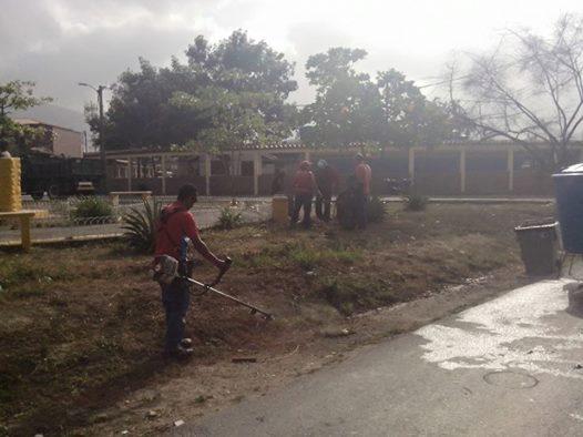 Alcaldía de Zamora continua con labores de embellecimiento del Municipio