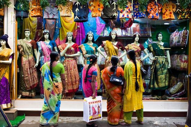 Custom essay online in india