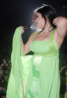 Haifa Wehbe hot at stage show on musical party