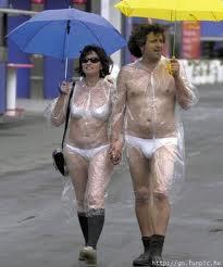 hình ảnh vui nhộn hài hước nhất đi dưới mưa