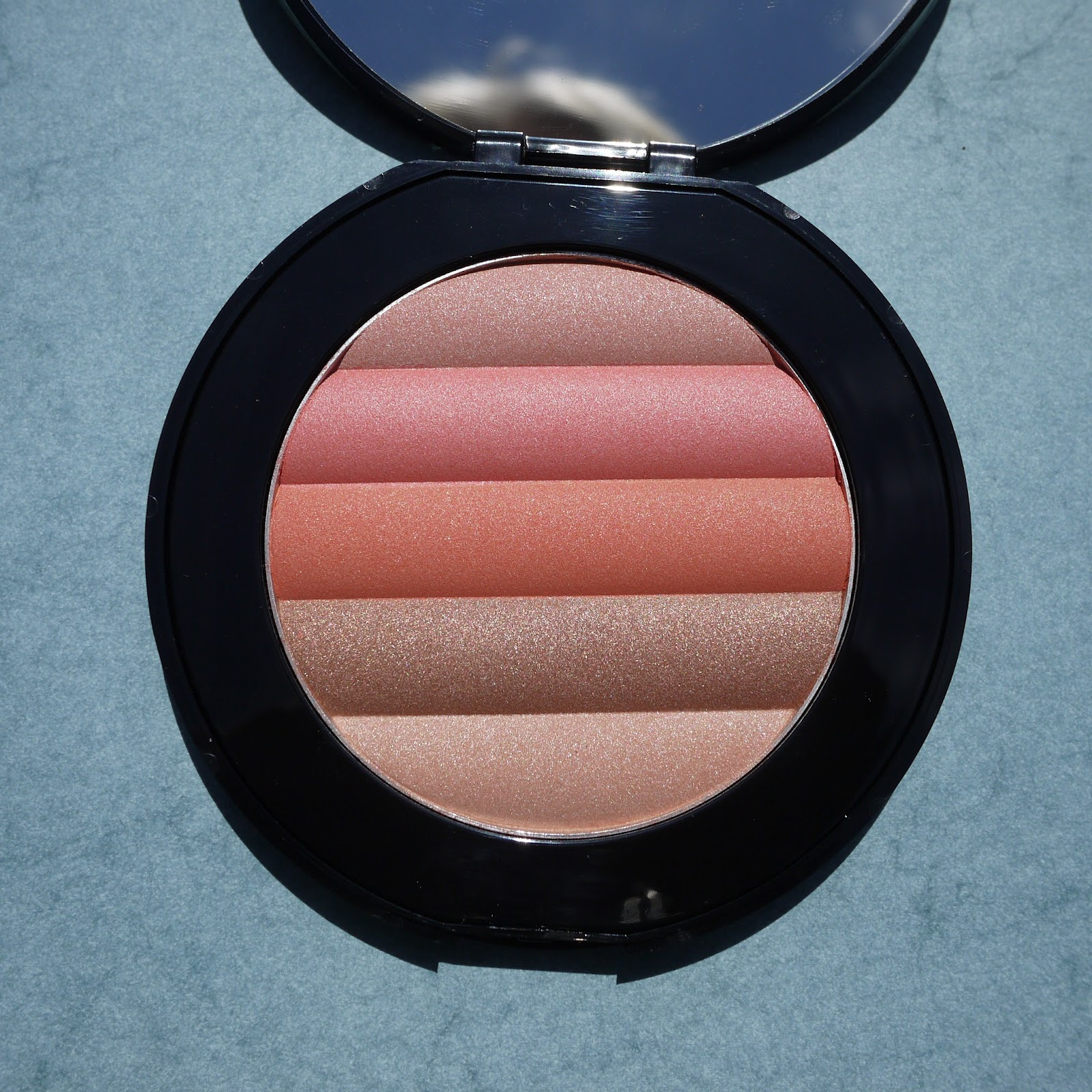 Best things in beauty sephora collection harmony face powder in youll find yourself using all colors blended for a luminous glow the stripes of color are so large though you can easily apply them individually to solutioingenieria Images