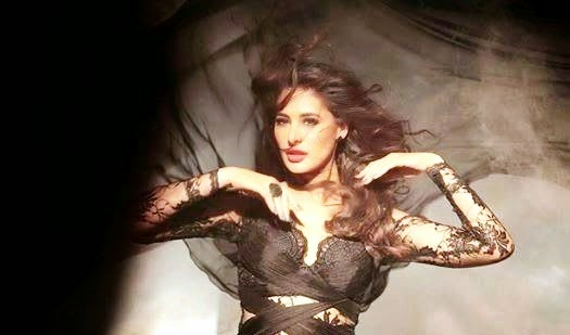 Nargis Fakhri's Hot Latest Stills From 'Yaar Na Miley' of Yo Yo honey Singh  Song In 'KICK' Movie.