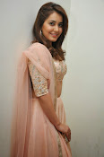 Rashi Khanna glamorous photos-thumbnail-19