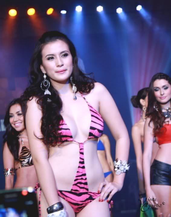 janna dominguez sexy bikini pics 5