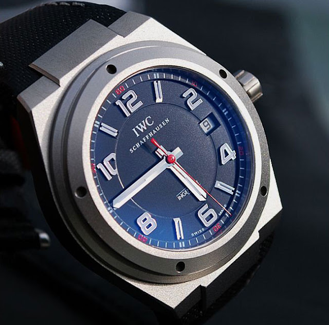 watch zone iwc ingenieur amg. Black Bedroom Furniture Sets. Home Design Ideas