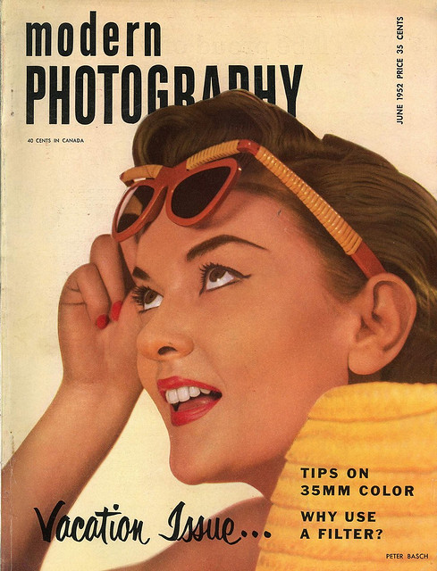 Beautiful vintage covers of modern photography magazine for Old magazines
