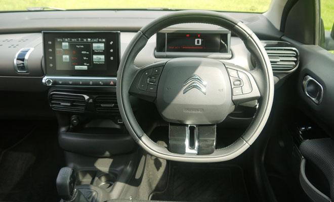 Citroen C4 Cactus driver's view