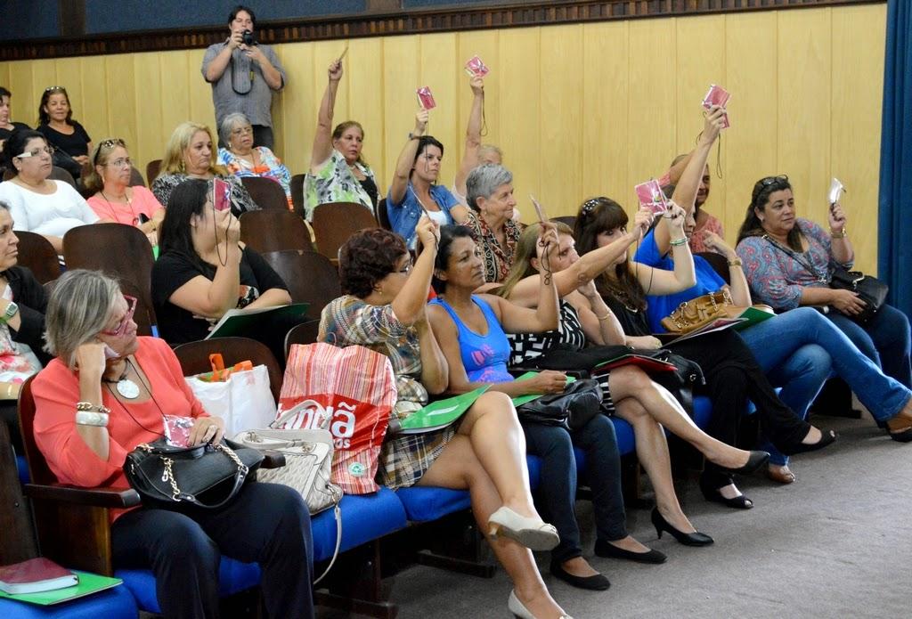Delegadas inscritas votam nas entidades candidatas à nova composição do Conselho