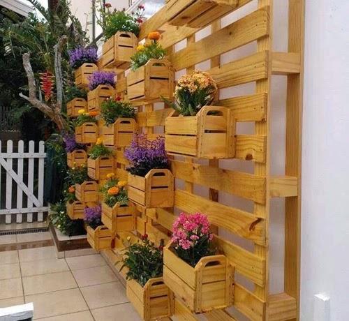 jardim vertical tecido: tecido envolvendo a estante ou os vasinhos. Una sua criatividade