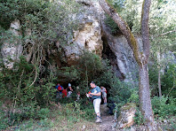 La Bauma de Vilarjoan amagada en un lloc feréstec
