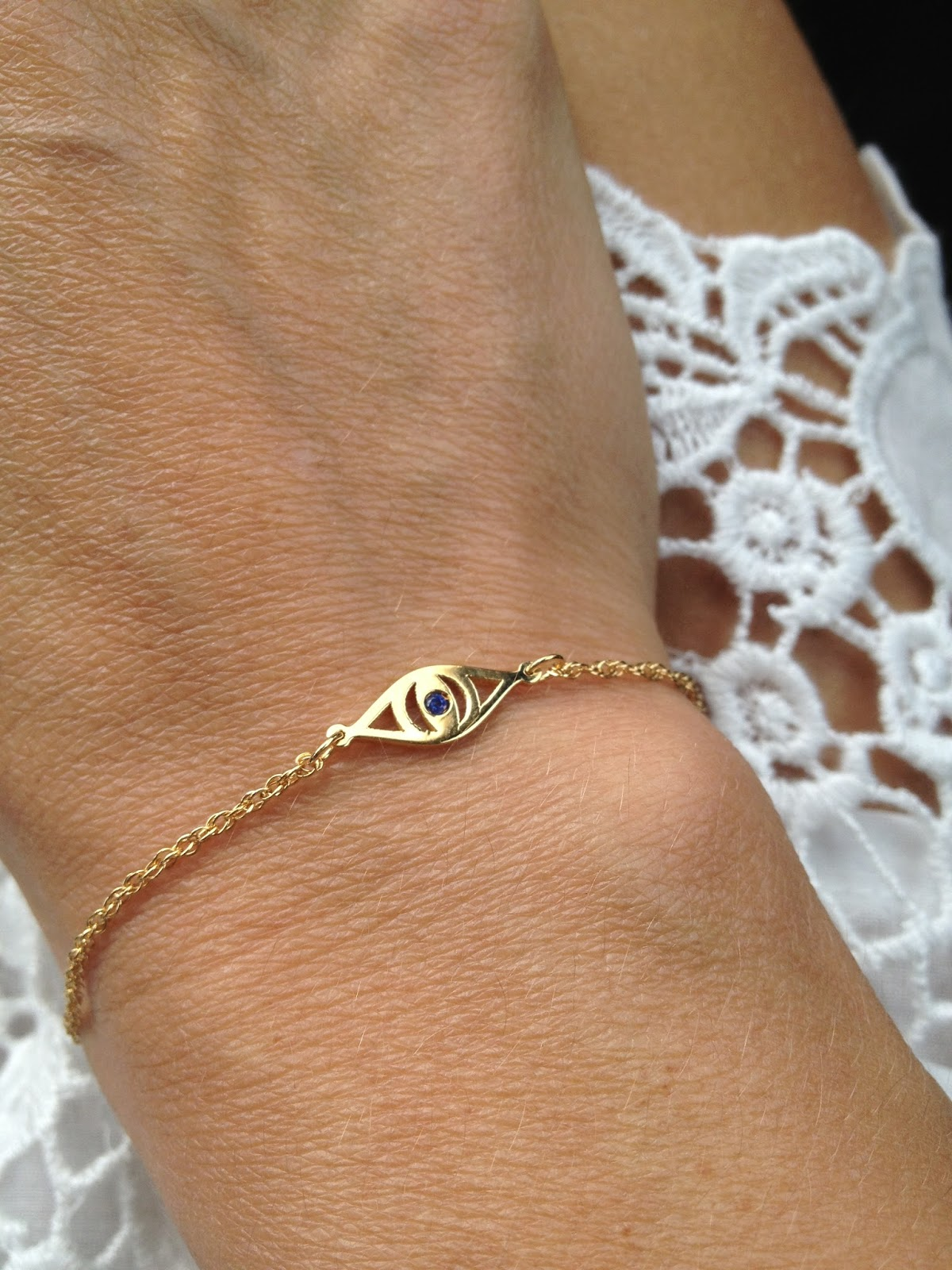 Bracelet From Jennifer Zeuner Typical Domestic This Week In Pics