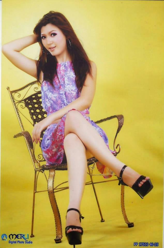 Yoon Mhi Mhi Kyaw Random Collection Photos